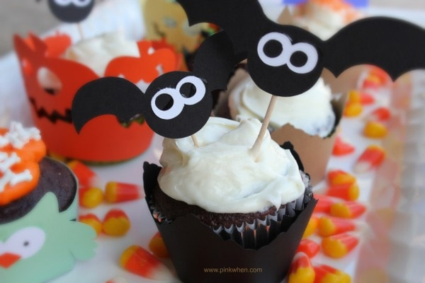 Cool #Halloween #Cupcake Ideas Using A Silhouette Machine PinKWhen.com