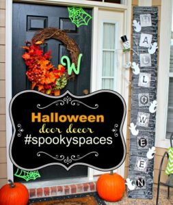 Halloween Door Decor #spookyspaces with JoAnn Fabric and Crafts via PinkWhen.com