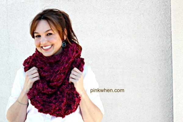 Arm Knitting Infinity Scarf Tutorial