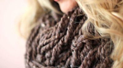 Arm Knitting Infinity Scarf Tutorial With Video