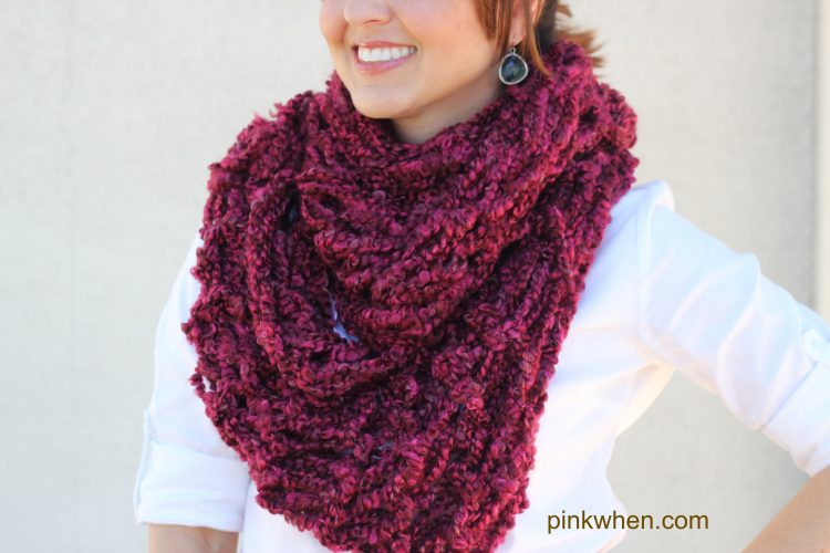 Arm Knitting - DIY Infinity Scarf Tutorial - PinkWhen