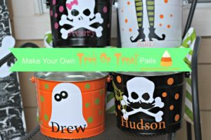 Make Your Own Trick Or Treat Pail Ideas at PinkWhen.com {Crafts, Recipes, Sewing, Tutorials, and more}