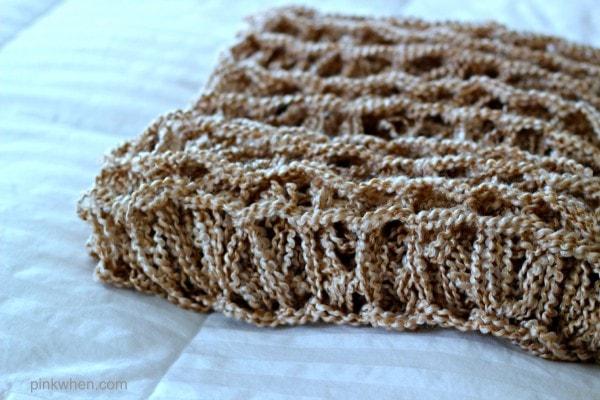 DIY Arm Knitting a Blanket Video & Tutorial1