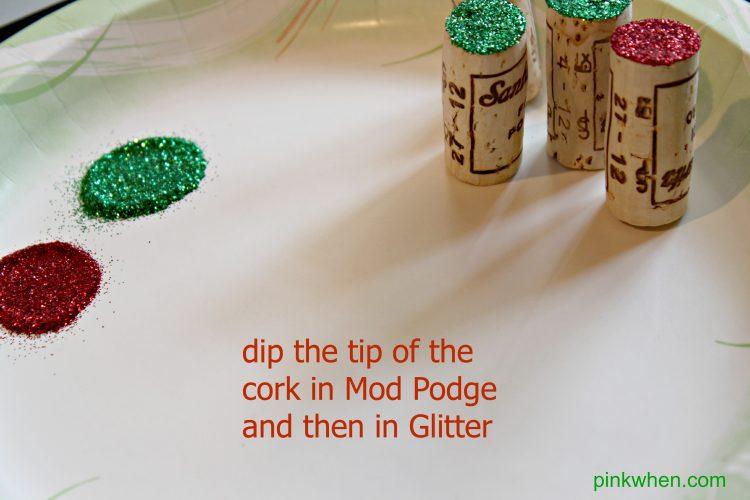 Crafts to do with wine corks - Wine Cork Christmas Tree Craft