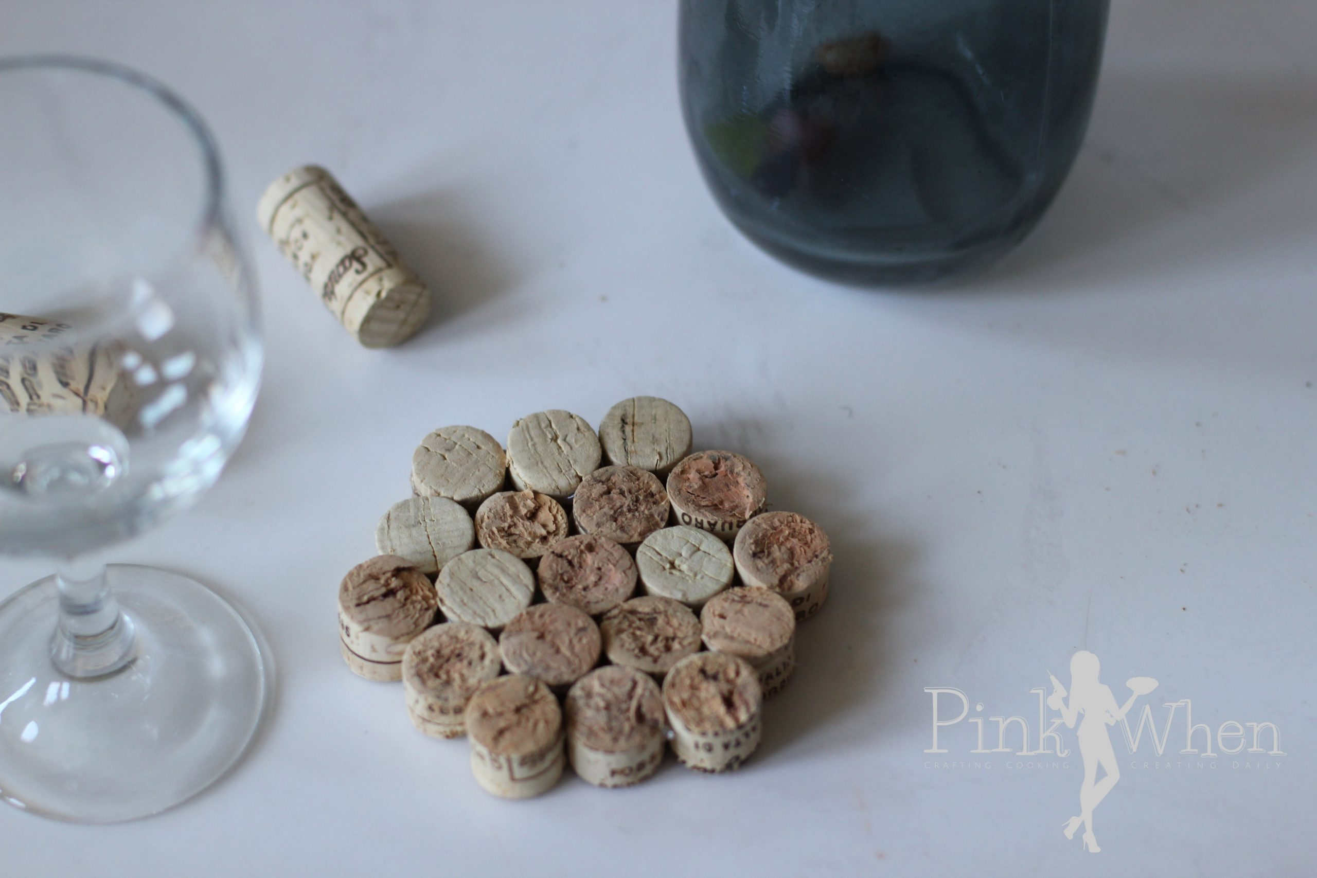 Diy Wine Cork Drink Coaster Tutorial Pinkwhen