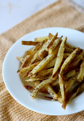 Homemade Garlic and Basil French Fries Recipe Via PinkWhen.com