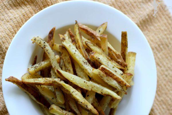 Homemade garlic and basil french fries recipe