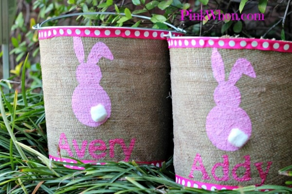Cute Easter Pails for hunting eggs, made from burlap and a little cotton tail! So cute!
