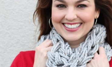 diy Chunky Cowl Arm Knitted Scarf 20 minutes (with video tutorial)