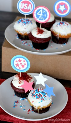 4th of July Free Printables Cupcake Toppers via PinkWhen.com