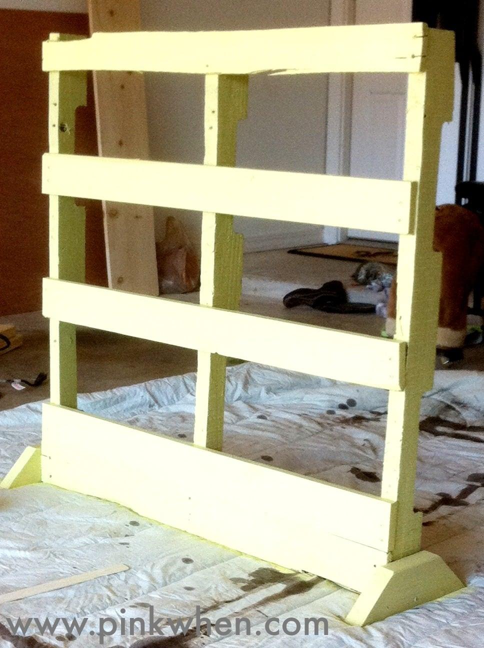 creating a vertical pallet herb garden pinkwhen. Black Bedroom Furniture Sets. Home Design Ideas