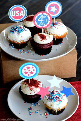 Fourth of July Free Printable Cupcake Toppers via PinkWhen.com