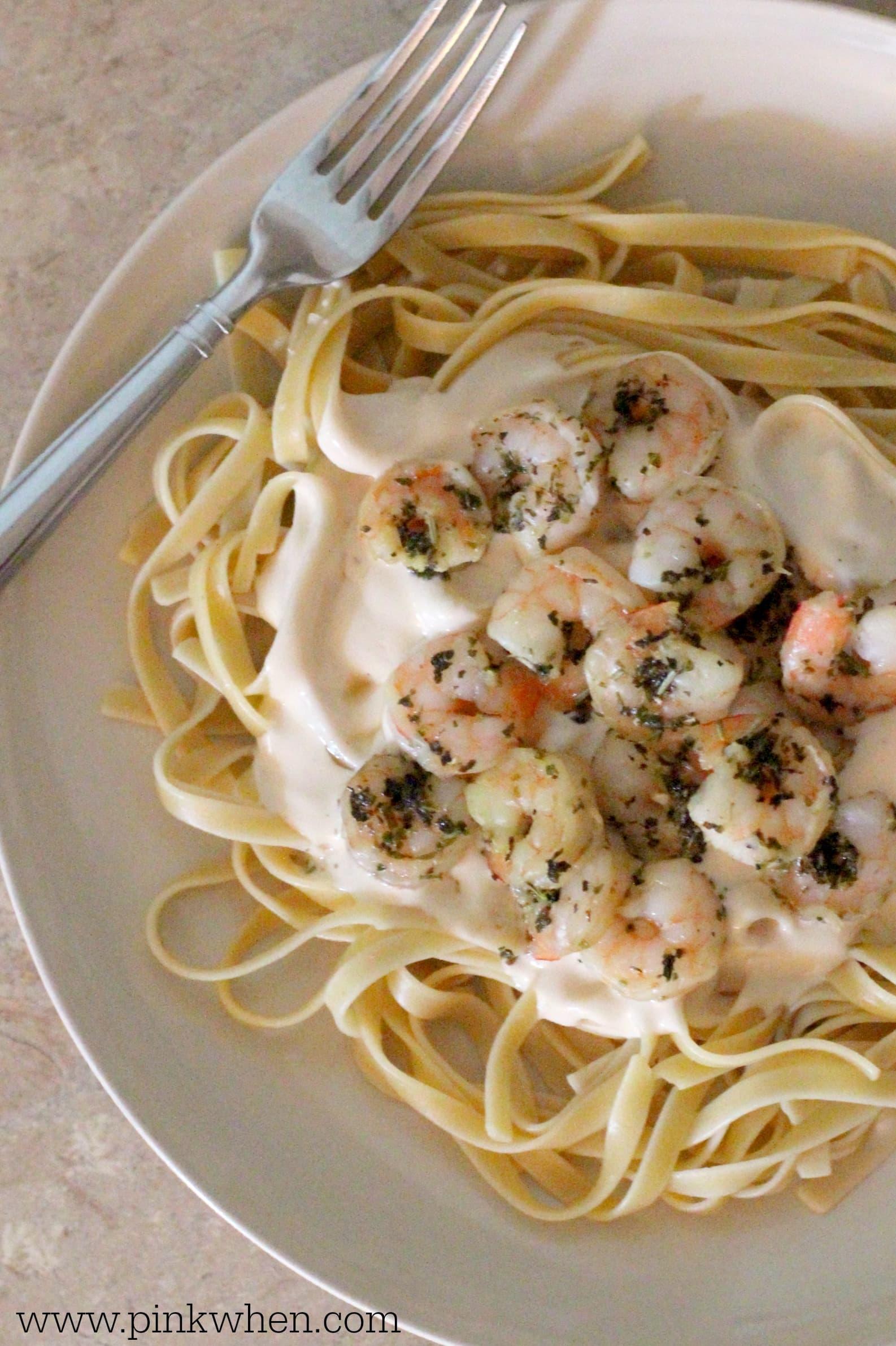 Creamy Alfredo and Shrimp Pasta - PinkWhen