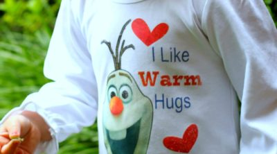 DIY Easy Heat Transfer Frozen Olaf Shirt Tutorial via PinkWhen.com