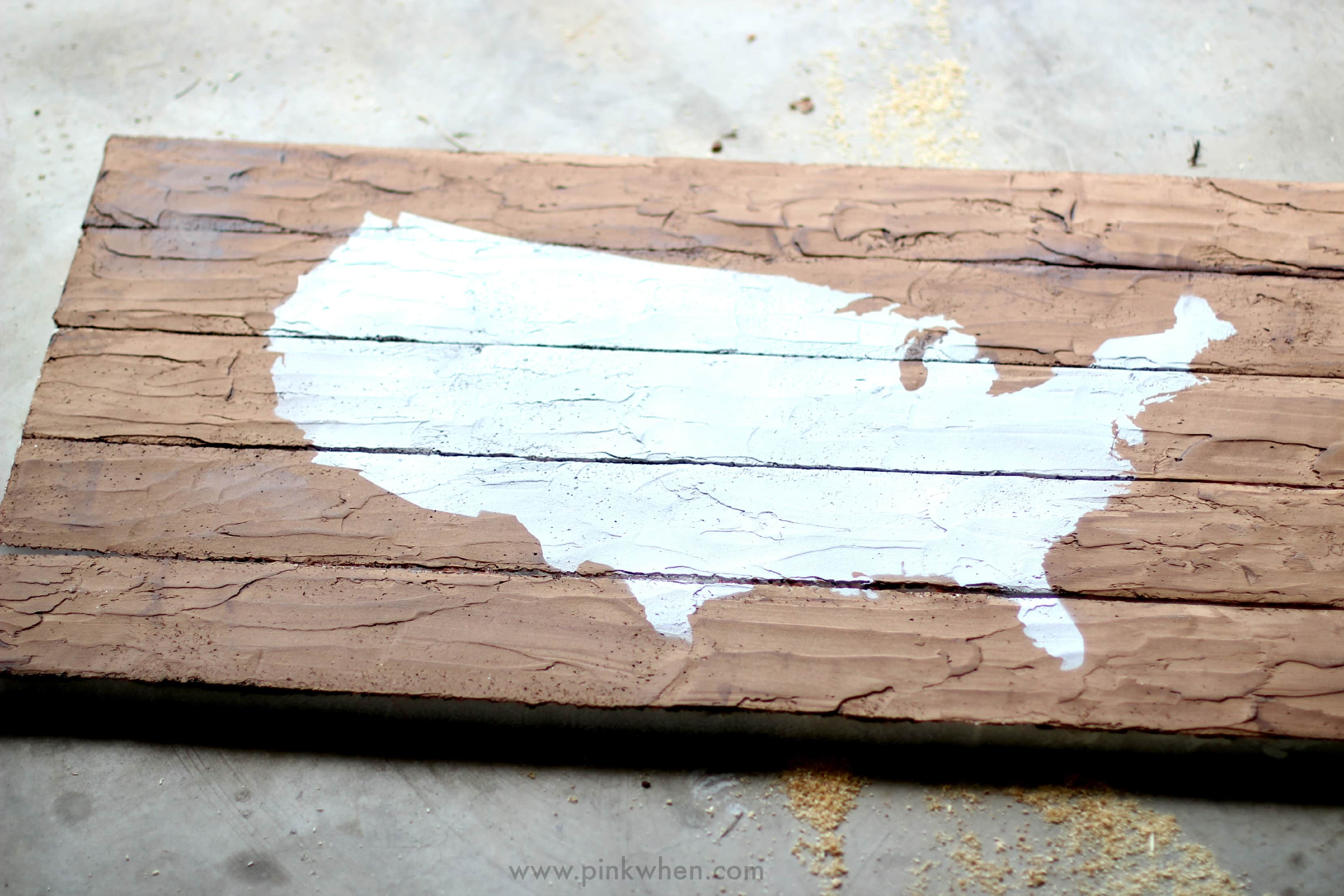 DIY Faux Wood Pallet Map Project