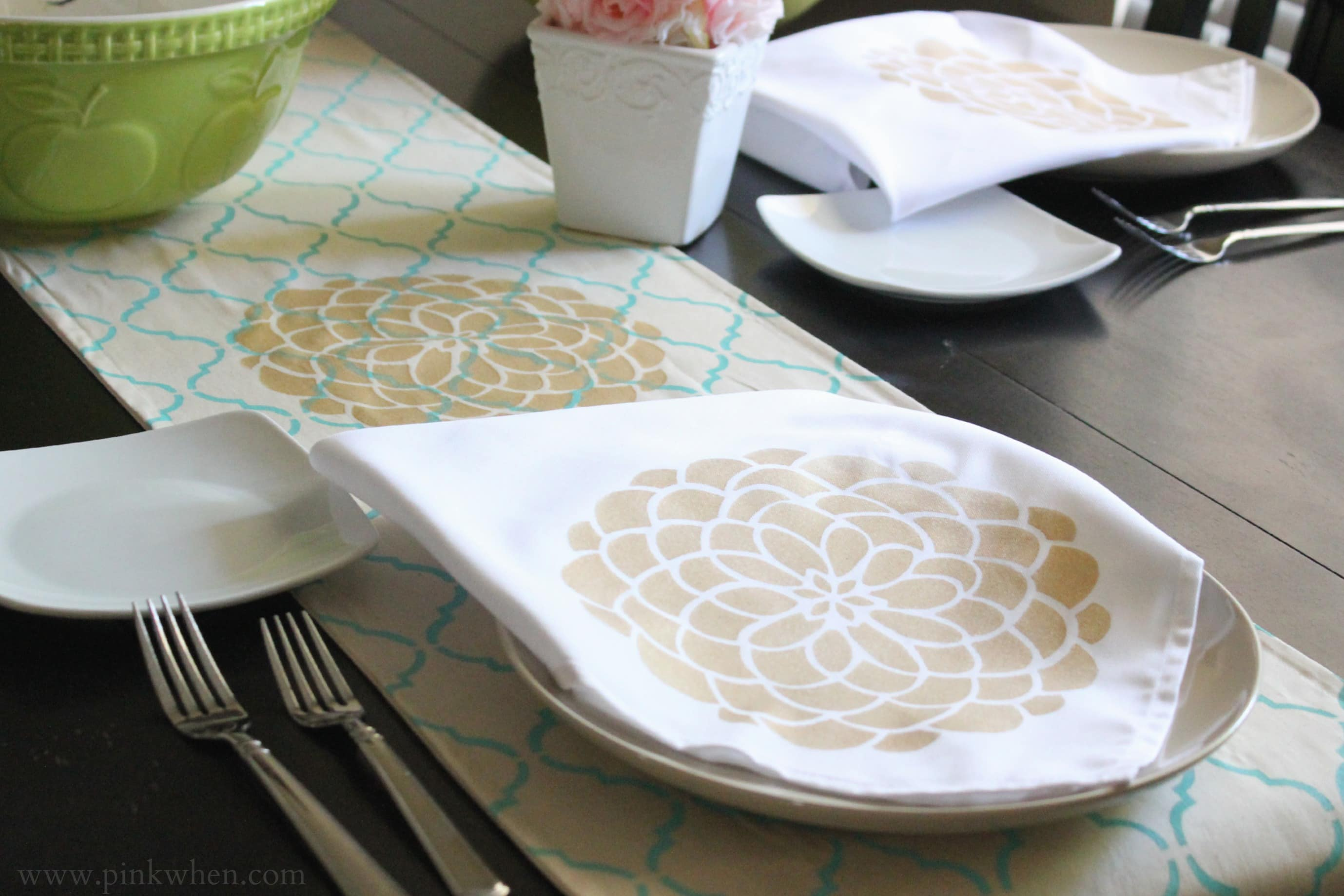 DIY Table & Kitchen Decor with Tulip For Your Home via PinkWhen.com 8