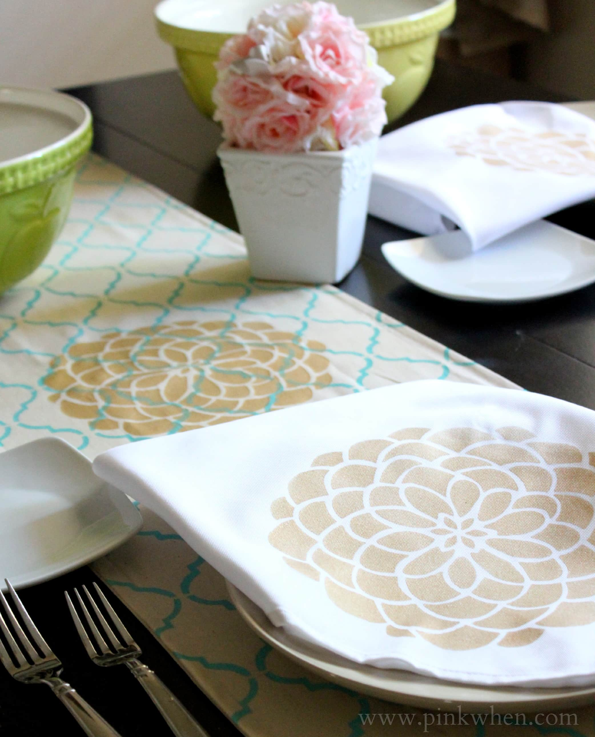 DIY Table & Kitchen Decor with Tulip For Your Home via PinkWhen.com
