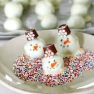 OREO Cookie Balls – Snowman Recipe