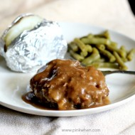 How to Make Slow Cooker Salisbury Steak
