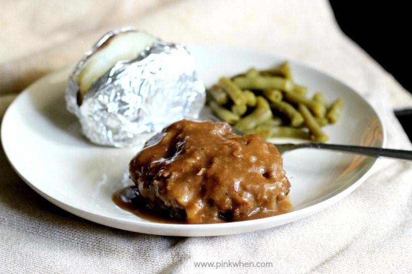Slow Cooker Salisbury Steak Recipe - PinkWhen