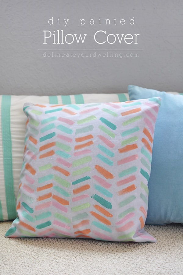 DIY-Pastel-Painted-Pillow-Cover
