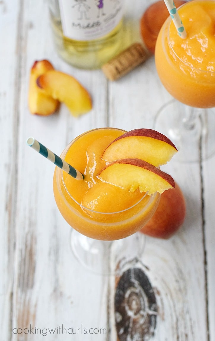 Celebrating-sisterhood-and-friends-with-some-sweet-sassy-Peach-Moscato-Smoothies-cookingwithcurls.com-MiddleSister-DropsofWisdom