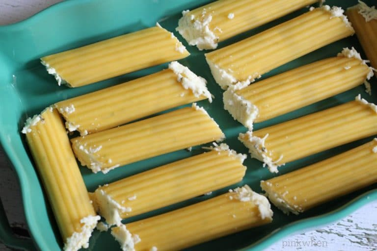 Cheese Stuffed Manicotti Bake |PinkWhen