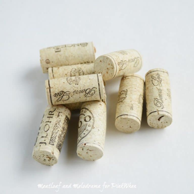 Love this DIY for a Christmas Wine Cork Grape Ornament. So cute, and so easy! | PinkWhen
