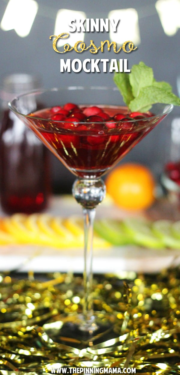 10+ Holiday Sparkling Drinks for New Years! Both Cocktail and Non Alcoholic recipes perfect for a celebration!