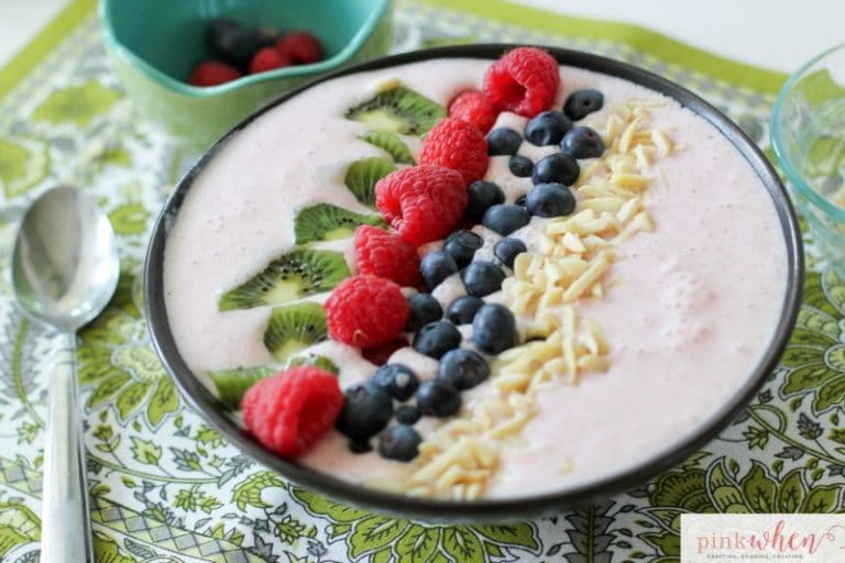Berry Licious Smoothie Bowl Recipe Pinkwhen