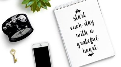 """Start each day with a grateful heart"" free printable."