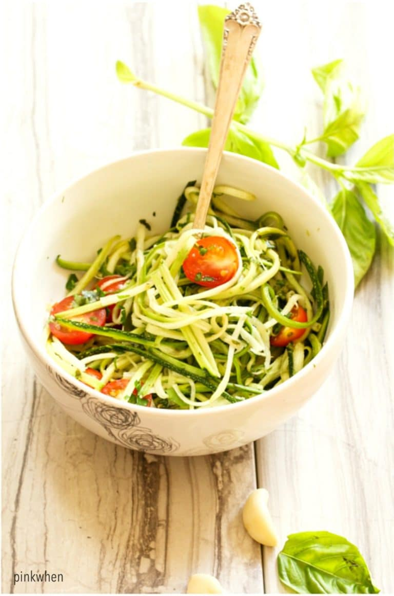 This delicious zucchini noodles with pesto recipe is gluten free and wheat free and amazingly easy!