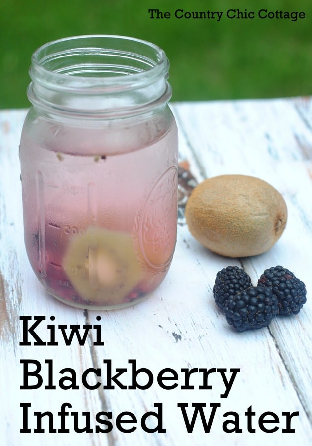 kiwi-blackberry-infused-water-recipe-002