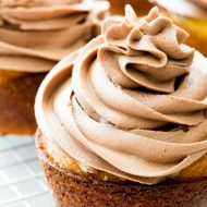 How to Make Easy Nutella Frosting