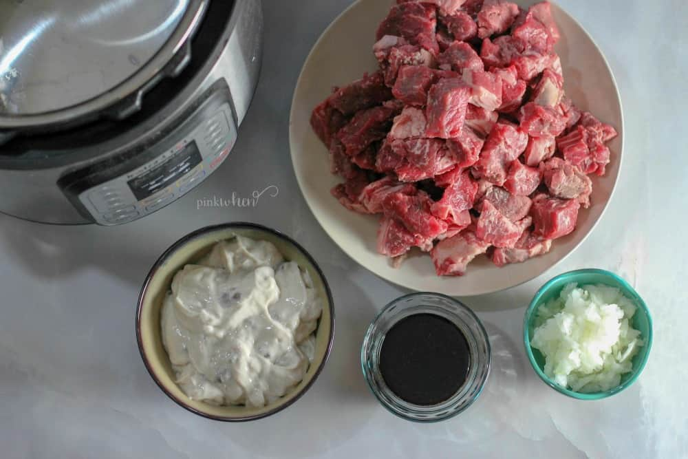 Beef tips and rice ingredients
