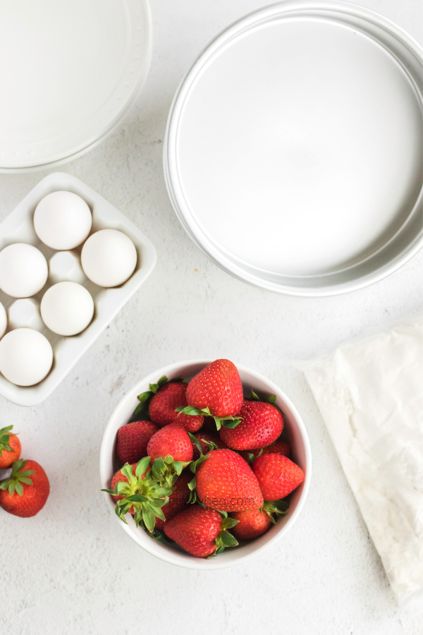 Strawberry Cake ingredients and supplies
